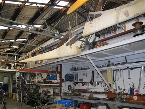 The Moyes Horten HXc in the workshop in Bill Moyes. [Permission to use picture by Bill Moyes.]
